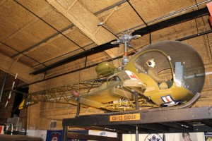 Bell H-13D Helicopter